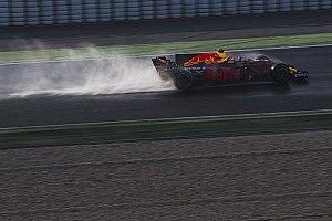 Red Bull будет быстро нагонять Mercedes, уверен Ферстаппен