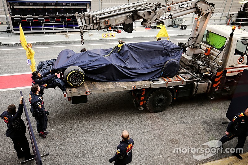 Verstappen asegura que Renault tiene controlados los problemas