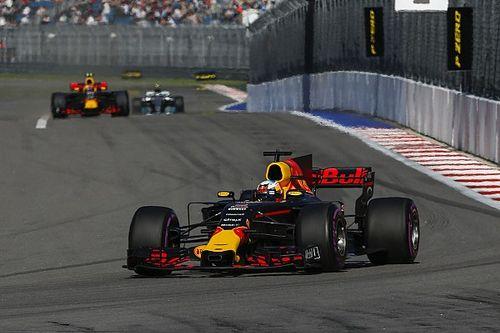 "Remprobleem Ricciardo: ""Schoot bijna in de muur"""