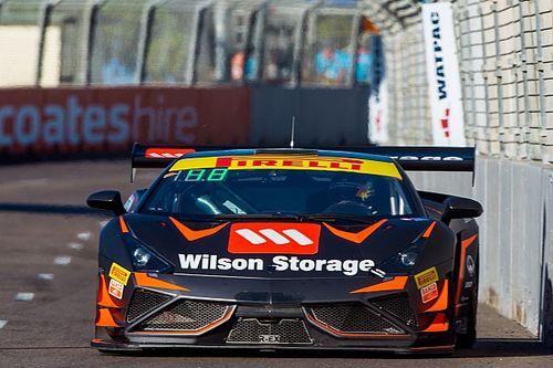 Townsville Australian GT: Wood holds on for Race 2 win
