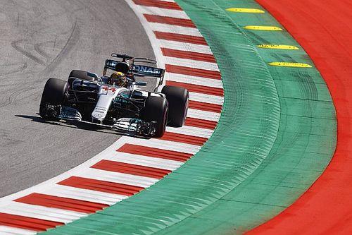 Hamilton bovenaan in eerste training Oostenrijk, tweede tijd Verstappen