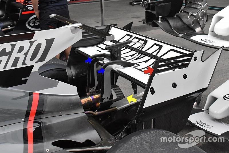 A Ferrarit imitálja autója hátulján a Haas