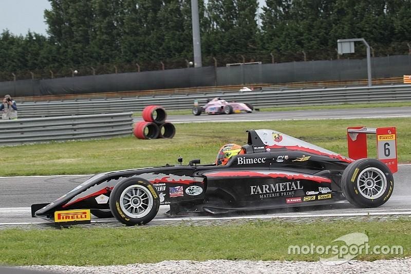 Lorenzo Colombo vince Gara 3 ad Adria davanti a Van Uitert ed Armstrong