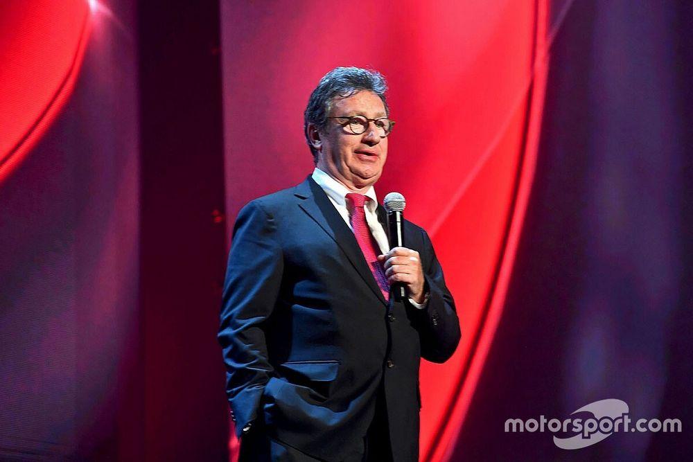F1: CEO da Ferrari, Camilleri anuncia aposentadoria surpreendente