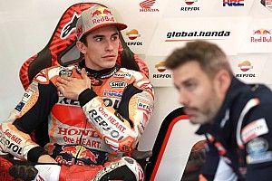 Jerez'deki kazada Marquez'in omzu çıkmış