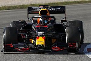F1テスト前半日程終了。メルセデス速さ見せる。レッドブル・ホンダはロングラン中心