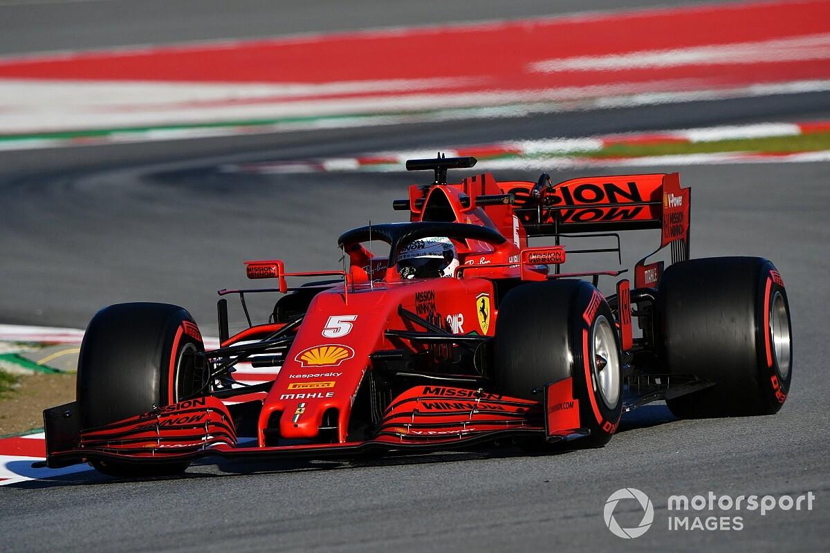 Vettel: A teszteken nem akarod megmutatni mindenkinek, hol jársz