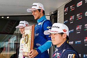 Igor Fraga volta a vencer em Hampton Downs e assume liderança da Toyota Racing Series