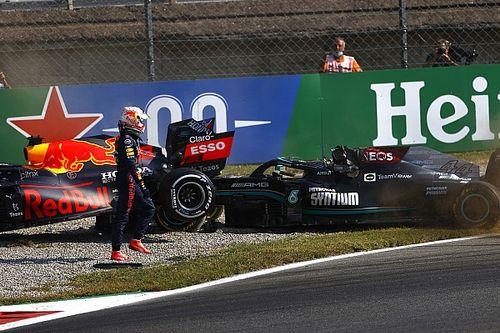 Hivatalos: Verstappent megbüntették Hamilton kilökéséért!