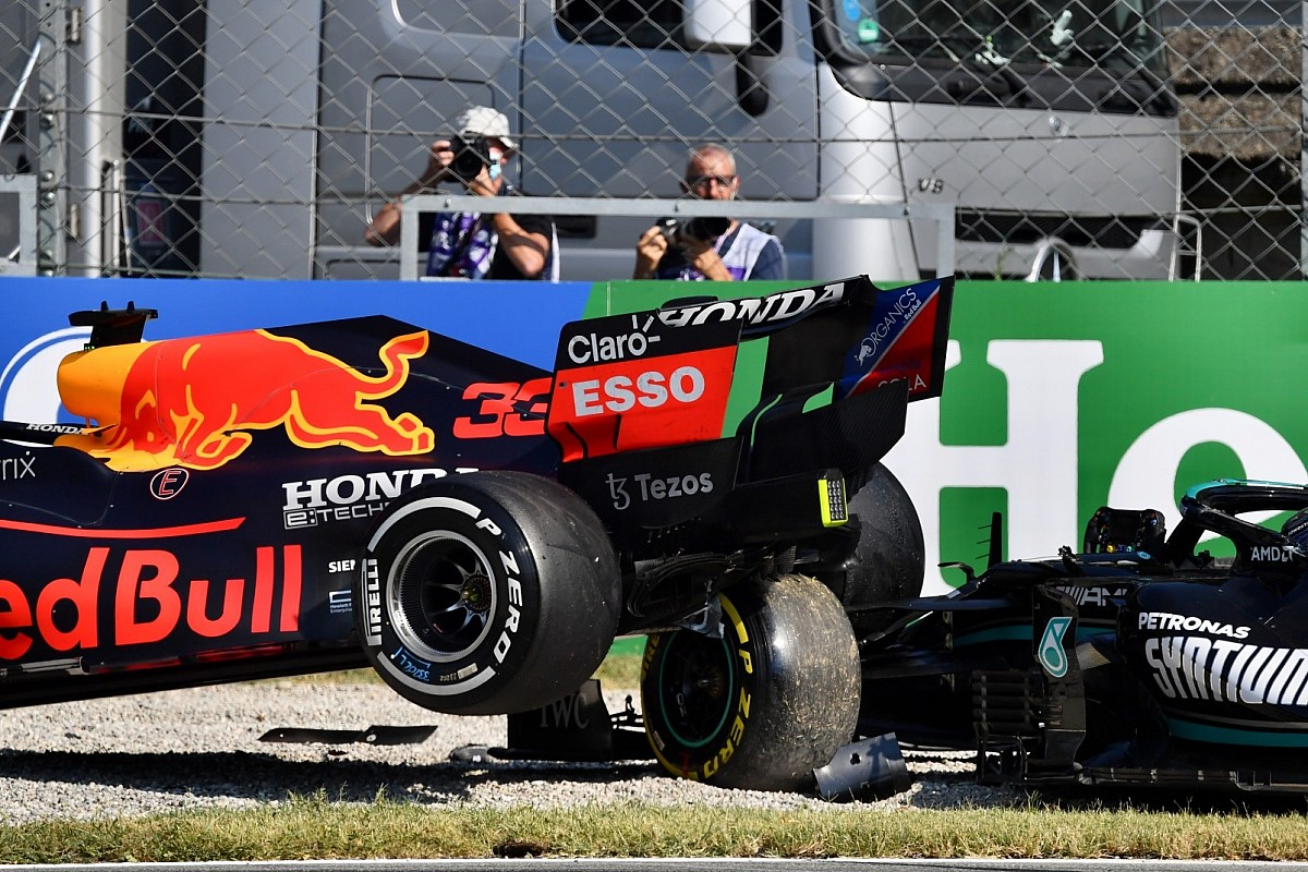 F1: Nova imagens da batida em Monza mostram como halo salvou Hamilton
