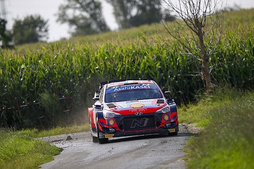 WRC, Rally Ypres, PS2: altro tris Hyundai. Breen leader