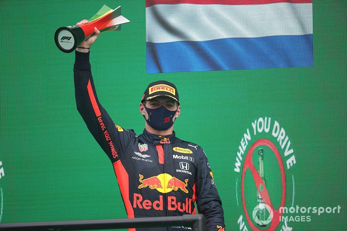 """Wolff: """"Verstappen, Red Bull'un yapabileceğinden daha fazlasını yapıyor"""""""