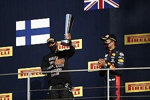 A Mercedest nem izgatja, hogy Hamilton véleménye megosztja a nézőket