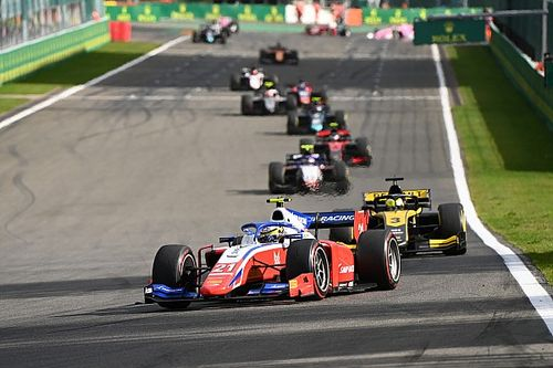 Spa F2: Shwartzman gana una carrera al sprint accidentada