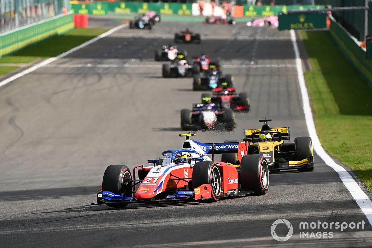 F2斯帕次回合:施瓦茨曼获胜,周冠宇第三