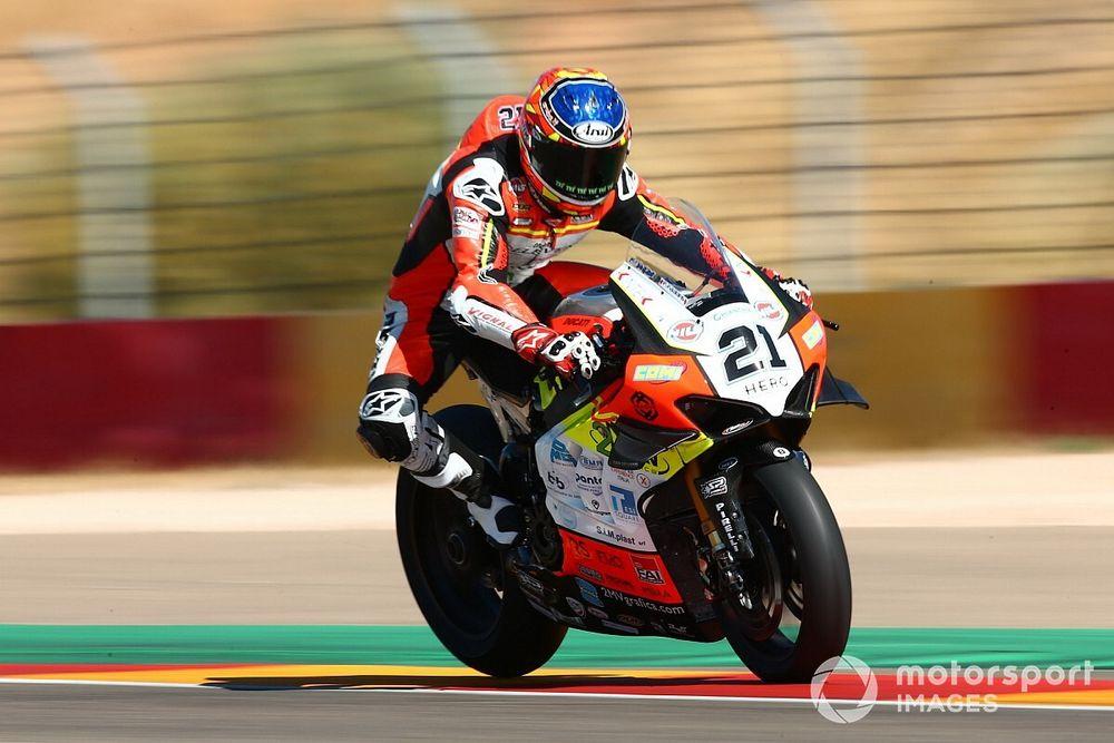 Aragon WSBK: Rinaldi gets first win, Redding crashes