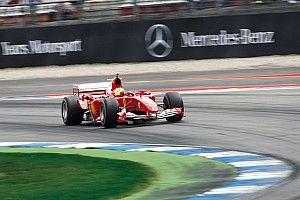 Mick Schumacher az F1-es V10-es motor miatt alig hallotta a közönséget