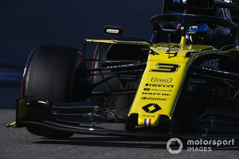 Renault to debut new front wing in Japan