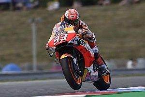 Márquez se lleva una mojada práctica 3 en Brno