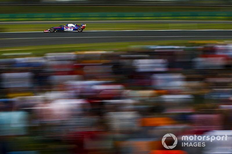 Toro Rosso отказалась от второго пит-стопа для Элбона. Механиков могло ударить током