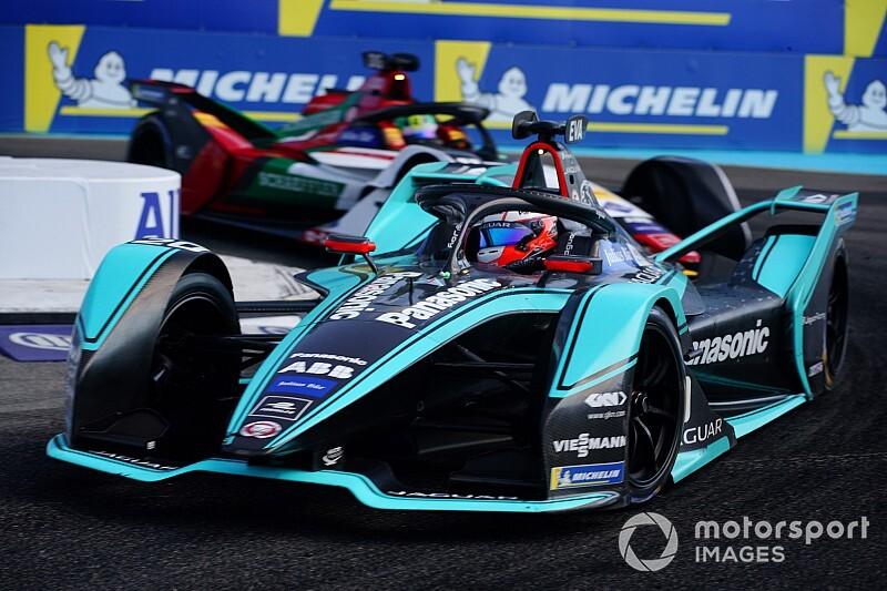 Mitch Evans a Jaguar versenyzője marad a Formula E-ben