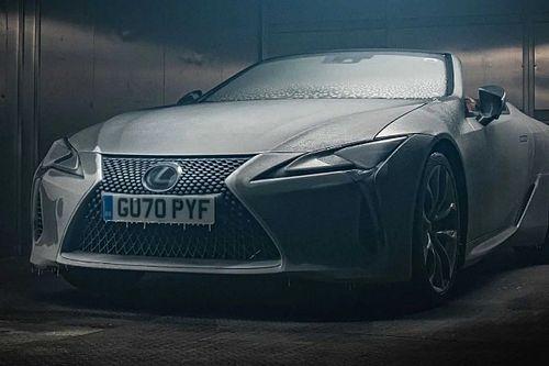 Videó: 12 óra fagyasztás után is tökéletesen megy a Lexus LC500 kabrió