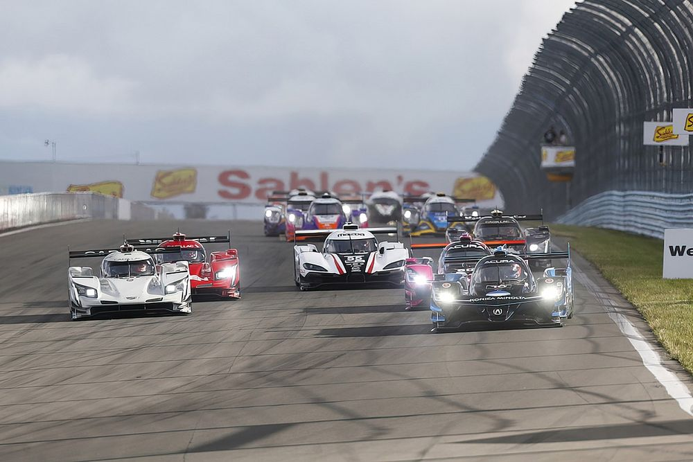 IMSA reveals 2022 race calendar, tweaks GTD Pro rules