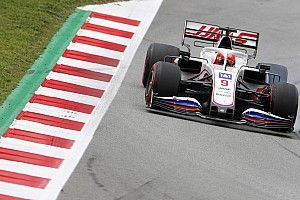"""Steiner: """"Not easy"""" to get Haas 2021 F1 car to suit Mazepin"""