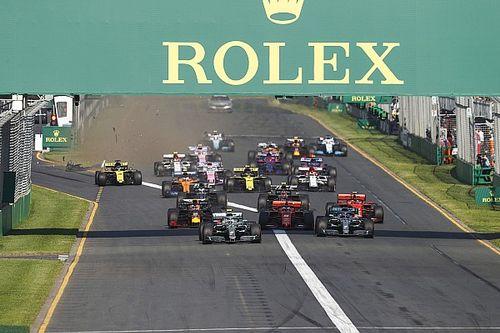 Una alcantarilla dañó el alerón delantero de Ricciardo
