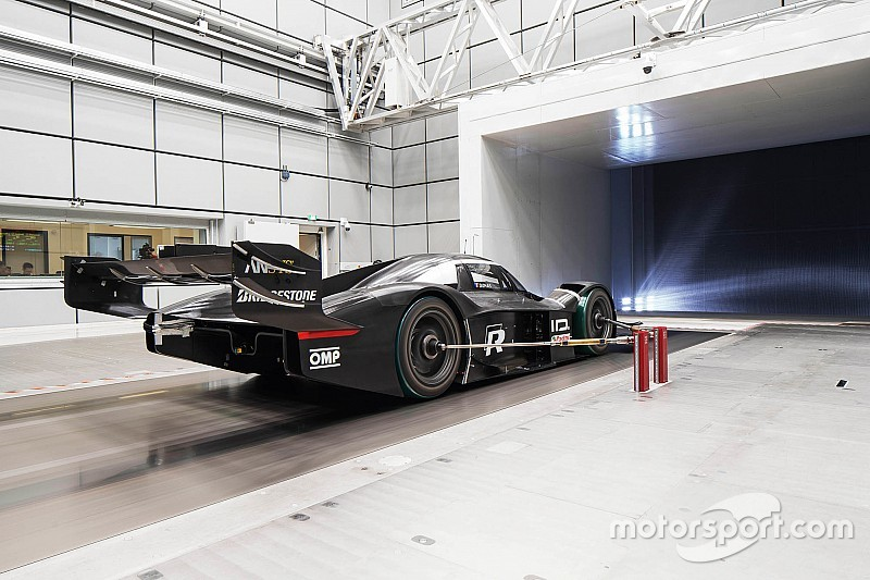 Volkswagen adds DRS for Nurburgring record attempt