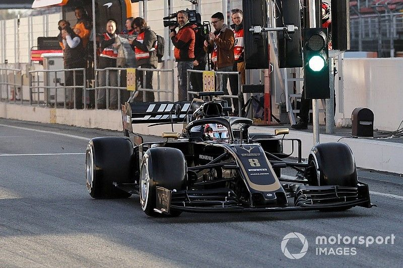 Grosjean critique la nouvelle règle des pneus après son tête-à-queue