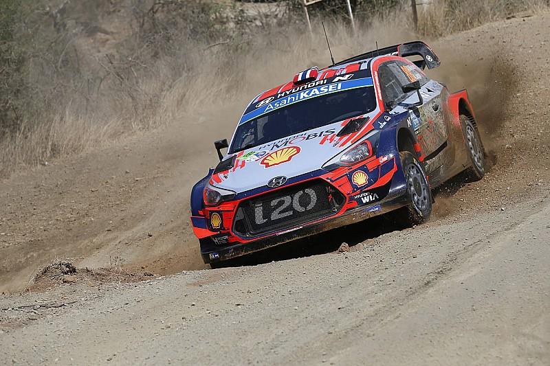 WRC Mexico: Mikkelsen leidt, tijdverlies voor Neuville door lekke band