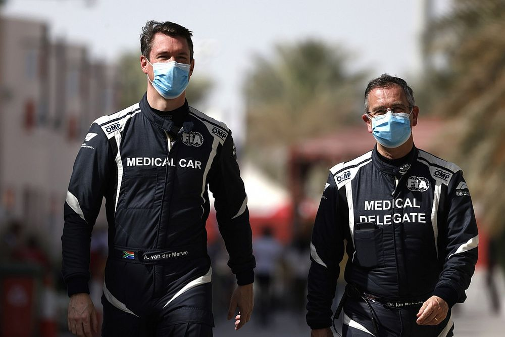F1: due sostituti sulla Medical Car in Turchia, i titolari hanno il COVID