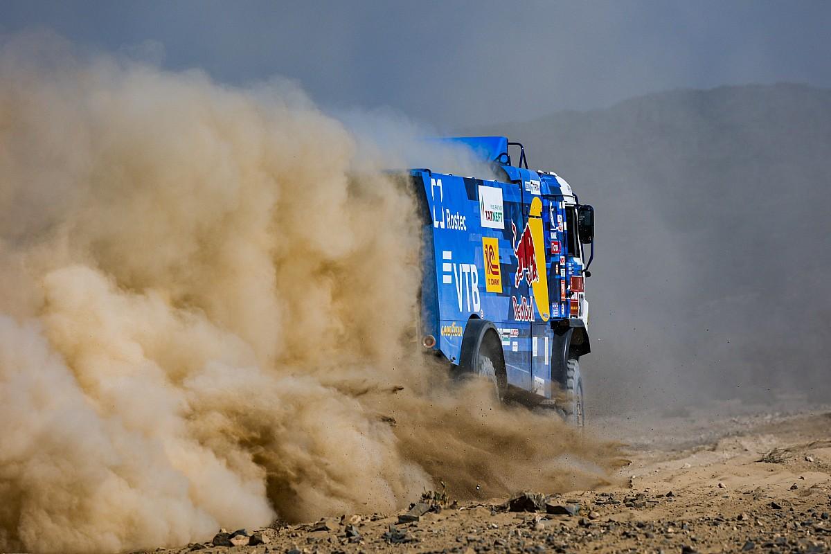 Dakar, Camion, Tappa 5: spunta Karginov, Macik cede