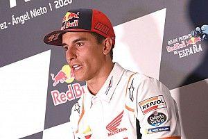 Из-за перелома руки Маркес может пропустить до четырех гонок
