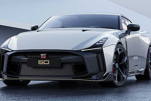 Egyből hibridként érkezik a Nissan GT-R következő generációja?