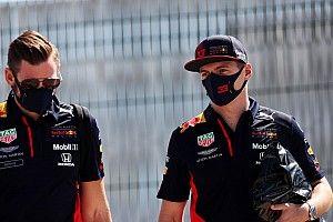 Verstappen már annak is örülne, ha 0.5 másodpercre lenne a Mercedestől: új alkatrészek Silverstone-ban