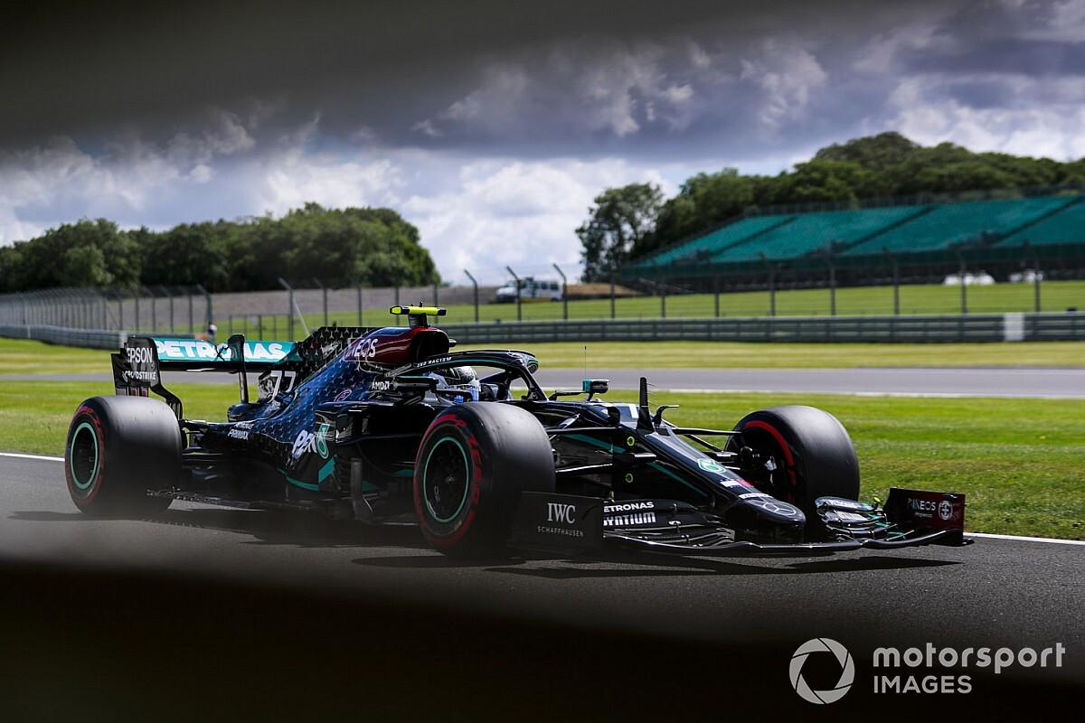 Decepcionado após perder pole, Bottas acredita que tem chance de vencer amanhã