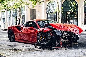 Tegnap óta egy Ferrarival kevesebb van Londonban