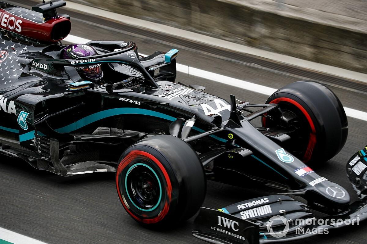 Hamilton 'voa' e supera Bottas pela pole no GP da Hungria de F1