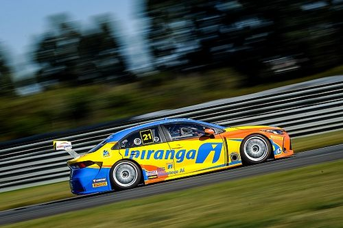 Stock Car: Dupla da Ipiranga Racing anda com novo Toyota em Curitiba