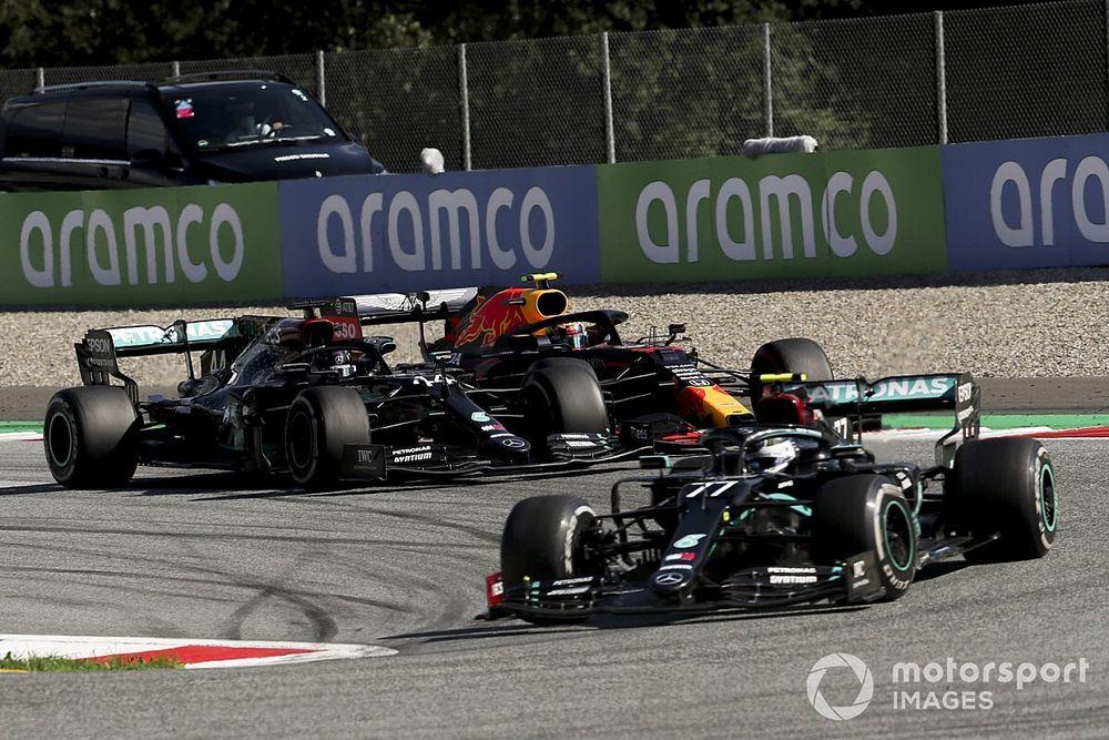 """F1: Marko destaca """"passo imenso"""" da Mercedes mas exalta evolução da Red Bull"""