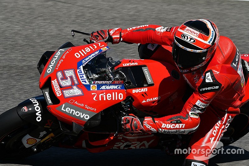 Marquez convinced Ducati ordered Pirro to follow him
