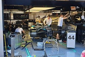 Mercedes discovers hydraulic leak on Hamilton's car