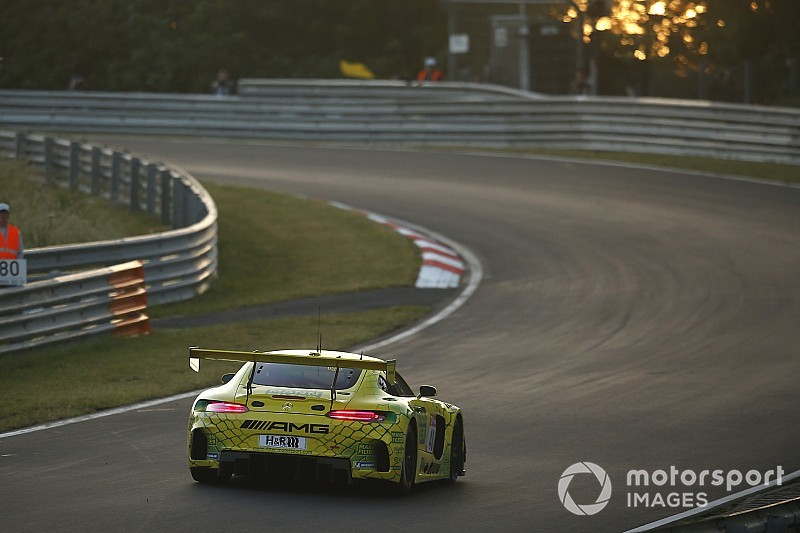Nurburgring 24h: Marciello tops first qualifying for Mercedes