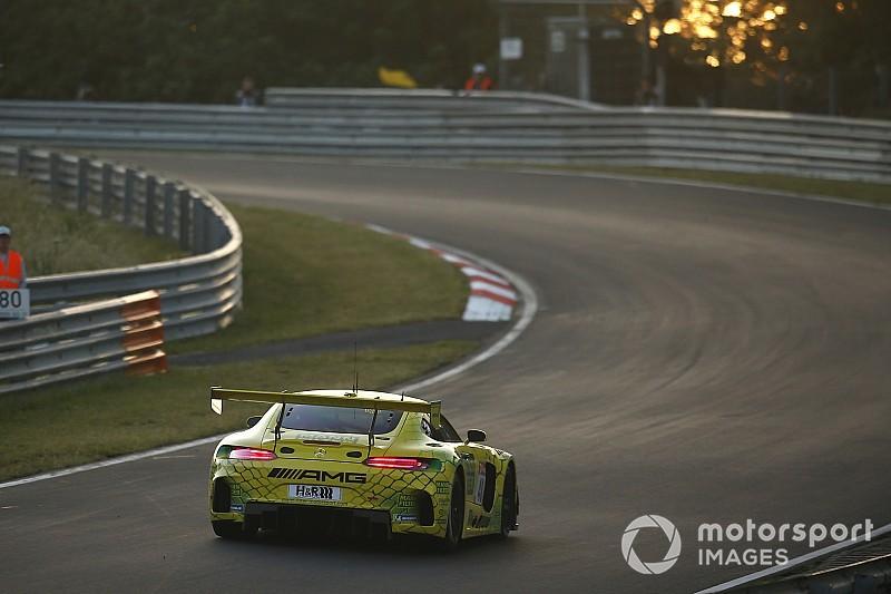 24h del Nurburgring: Marciello al top con la Mercedes nelle prime qualifiche