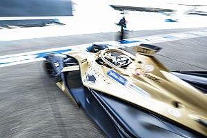 Причиной схода Лоттерера на гонке Формулы Е в Берлине стала ошибка механиков