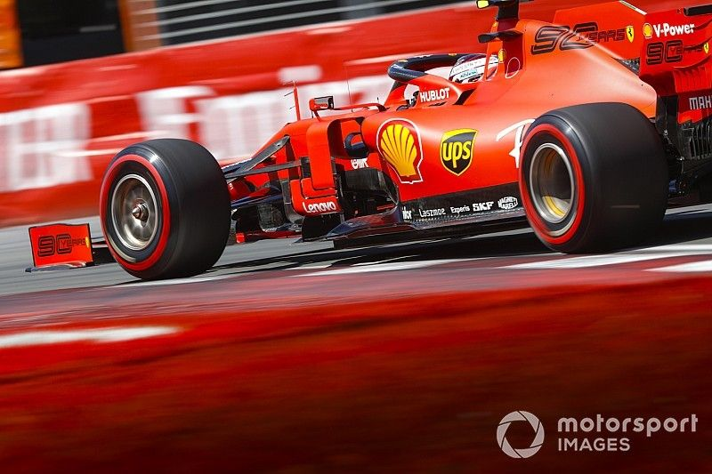 Mercedes y Ferrari con el mismo número de blandos en Italia