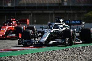 Mercedes domina también el test de F1 en Barcelona
