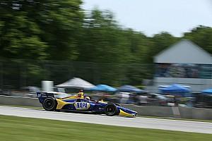 ロードアメリカ決勝:ロッシ、異次元の速さで28秒差の完勝。佐藤琢磨は10位